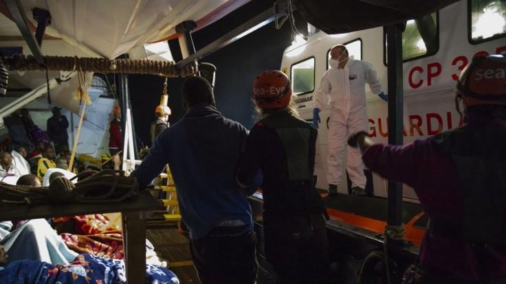 Záchranná loď Alan Kurdi vplávala nepovolene do talianskych vôd