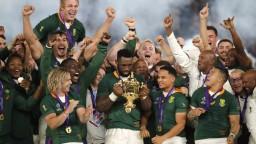 Južná Afrika po tretí raz na tróne. Ragbisti z JAR vyhrali MS