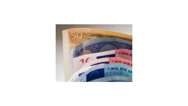 Banky zaplatia štátu viac, poslanci schválili mimoriadny odvod
