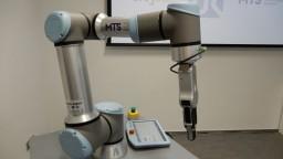 Na Orave predstavili nového robota, pracuje s vysokým zaťažením