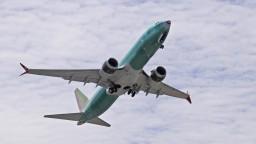 Boeingy, ktoré po nehodách vyradili, opäť vzlietnu. Prezradili, kedy