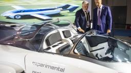 Na Expo vystavujú aj lietajúce auto zo Slovenska, je oň záujem