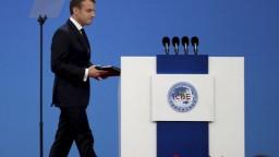Spolupráca s Čínou bude rozhodujúca, vyhlásil Macron