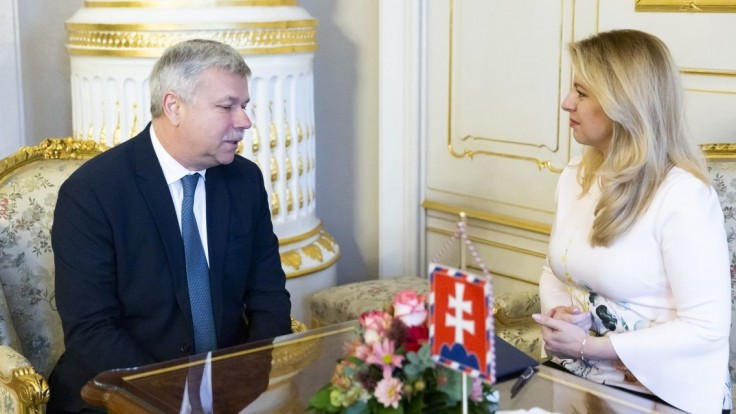 Deficit neohrozí stabilitu, upokojuje Šramko po stretnutí s Čaputovou