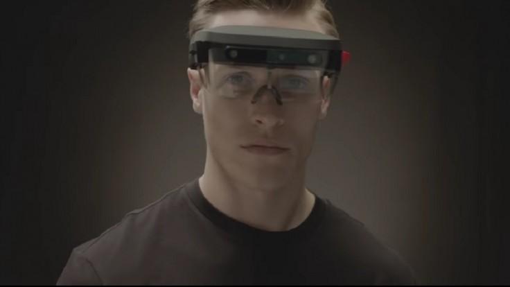 Lenovo má nové ľahké okuliare pre rozšírenú realitu