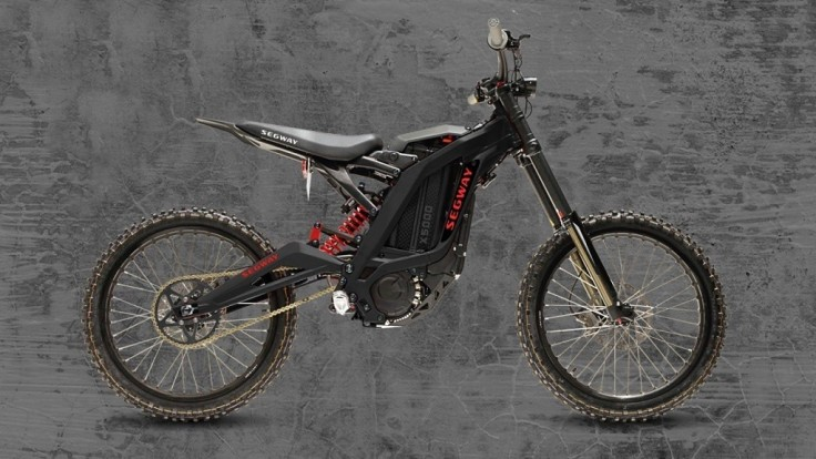 Segway ide do terénu s elektrickým motokrosovým bicyklom Dirt eBike