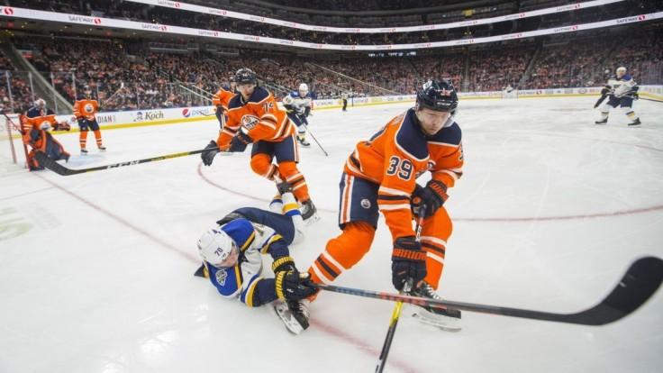 NHL: Jurčo sa vrátil do Edmontonu prehrou, St. Louis opäť víťazne