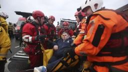 Anglicko trápia povodne, rozbúrená voda si vyžiadala jednu obeť
