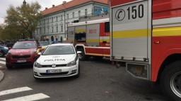 V bratislavskej Starej tržnici vypukol požiar, zasiahli hasiči
