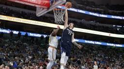 NBA: Dallas deklasoval Golden State, kríza Spurs pokračuje
