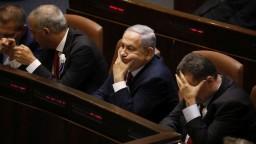 Netanjahu čelí obžalobe z podvodu. Hon na čarodejnice, reaguje