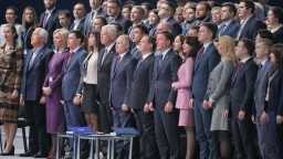 Nepokazte reputáciu strany Jednotné Rusko, vyzval Putin členov