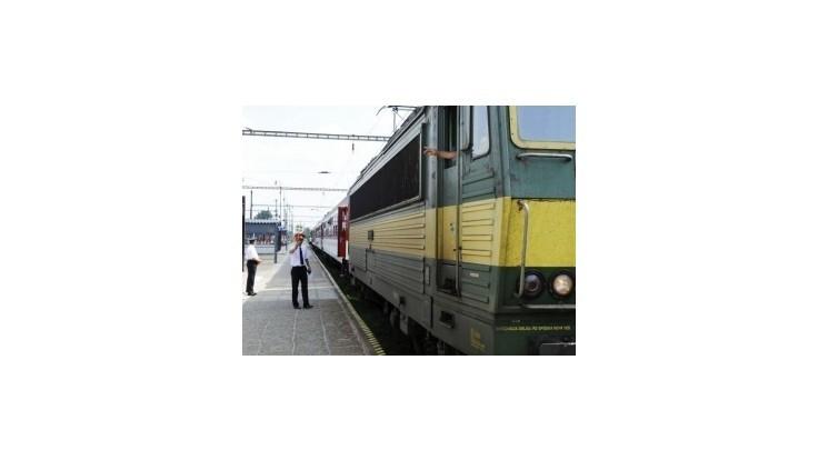 V Malackách zrazil vlak 29-ročného cyklistu