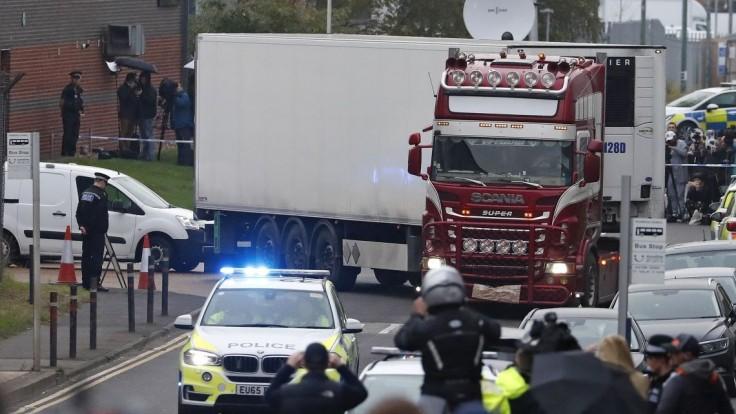 Telá migrantov, ktorých našli v kamióne, previezli do domoviny