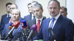 Maďarské strany podpísali memorandum, povedie ich Bárdos