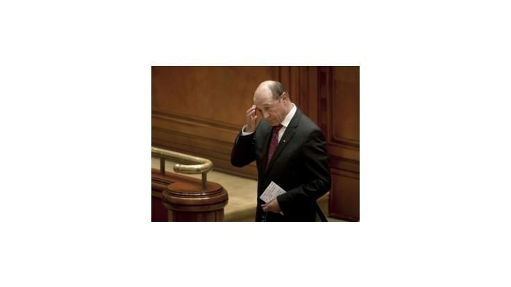 Rumunský prezident Traian Basescu zrejme ostane v úrade