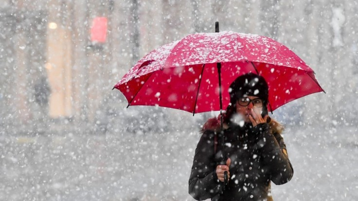 Menej svetla, viac chladu a depresie. Ako zvládnuť nástup zimy?