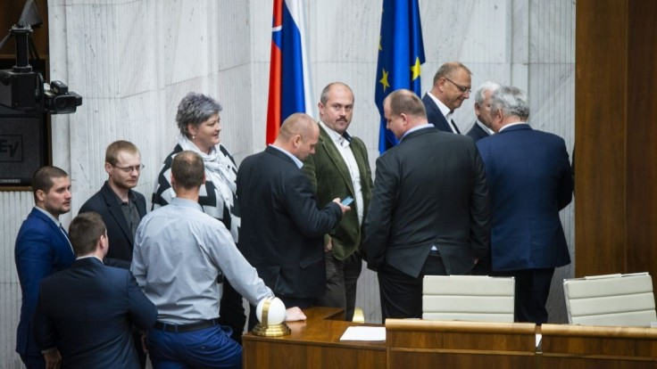 Národná koalícia po krátkom čase odstúpila od spolupráce s ĽSNS