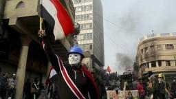 Demisia irackého premiéra nestačí, demonštranti chcú nové voľby