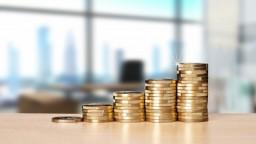 Štát sa zadlžuje, ministerstvo financií spustí korekčný mechanizmus