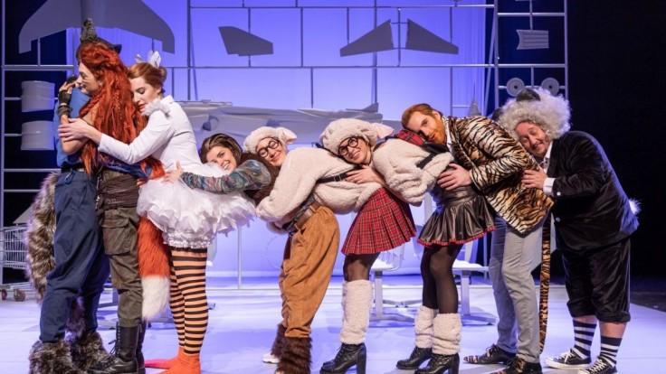 Divadlo Aréna pripravilo pre deti rozprávku Zvieratká na letisku