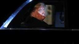 Posun v Trumpovej kauze. Vypočúvanie preberajú právni experti