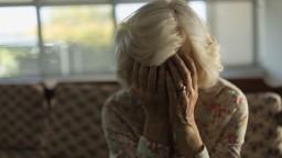 Dôchodcovia dostávajú roky menej peňazí, chybu opravili až teraz