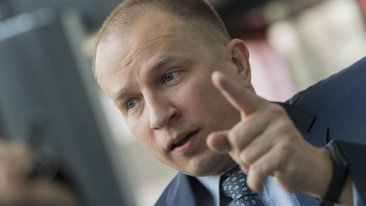 NAKA obvinila aktivistu Daňa, má veľký problém s daňami