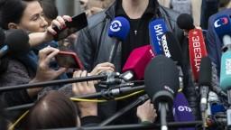 Trestajme médiá za škandalizáciu justície, navrhli v Rusku