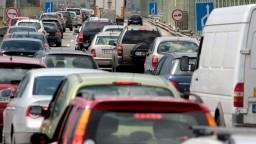 Dopravné obmedzenia v Bratislave. Treba rátať so zápchami