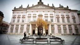 Vallo a bratislavskí starostovia navrhujú zvýšiť daň z nehnuteľností