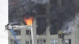 Zničujúci výbuch má najmenej päť obetí, bytovku pohltili plamene