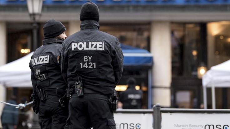Policajta na mníchovskej železničnej stanici napadol ozbrojenec