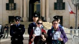 Aktivisti vtrhli do sídla premiéra na Malte, žiadajú jeho rezignáciu