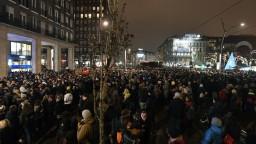 Ovládne maďarská vláda divadlá? Umelci sa boja o slobodu