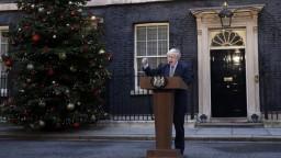 Otázku brexitu chce uzavrieť. Johnsona poverili zostavením vlády