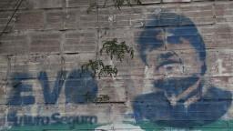 Vzbura a terorizmus. Na exprezidenta Bolívie vydajú zatykač