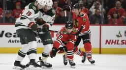 NHL: Chicago zastavilo sériu prehier, Kane sa blysol hetrikom