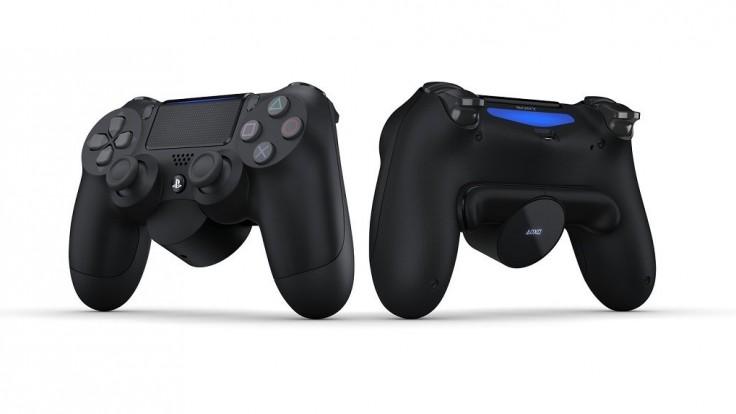 Doplnok pre PS4 ovládač pridáva nastaviteľné tlačidlá a displej