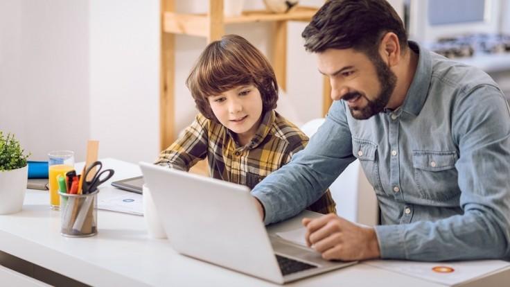 Naučme sa s deťmi používať internet bez rizika