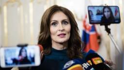 Mala buchnúť do stola, myslí si Bugár o Kalavskej a reforme