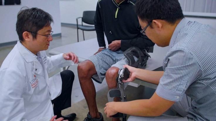 Prototyp ľahkého a responzívneho exoskeletonu pre seniorov