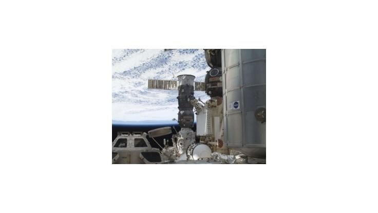Ruská loď doletela na vesmírnu stanicu v rekordnom čase