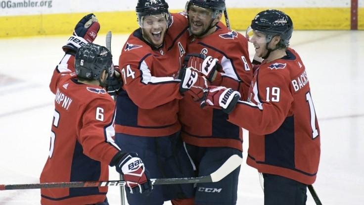 NHL: Washington sa ukázal v plnej sile. Pánik prispel gólom