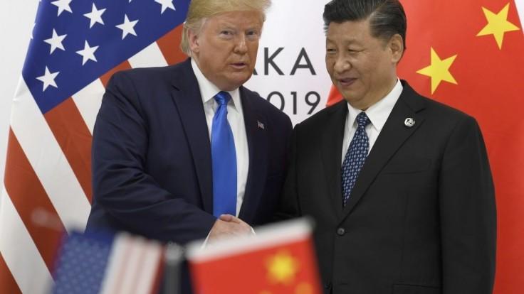 Trump chválil telefonát s prezidentom Si, hovorili aj o Hongkongu