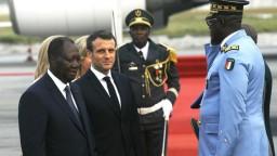 Kolonializmus bol chybou, vyhlásil Macron. Vyzval na priateľstvo