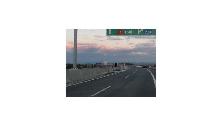 Doprava na D1 medzi Sencom a Hlohovcom bude obmedzená