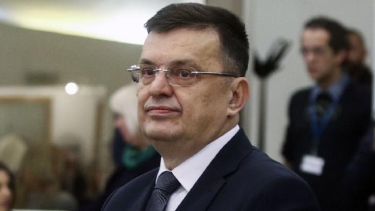 V Bosne schválili po politickom pate zloženie novej vlády