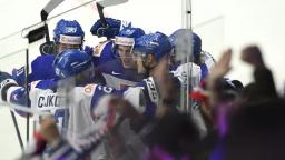 Naši mladí hokejisti prvý zápas na MS zvládli, zdolali Kazachstan