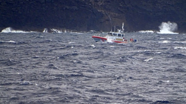 Vrtuľník sa nevrátil z výletu. Po tragickej nehode našli vrak i telá